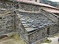 St. Miquel de Setcases - teulada i canal.JPG