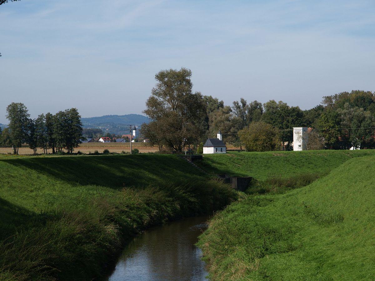 Schwarzach (Donau, Mariaposching) – Wikipedia