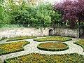 Sunken garden - geograph.org.uk - 574022.jpg