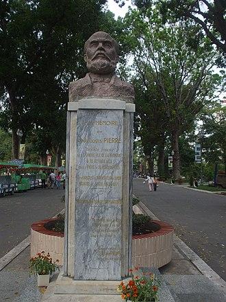 Jean Baptiste Louis Pierre - Pierre's bust in Ho Chi Minh City