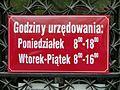 Tablica godziny urzędowania Sądy na Lesznie.JPG