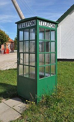 Telefonboks, andelslandsbyen Nyvang.jpg