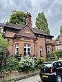 The Lodge, Gainsborough Gardens, June 2021 03.jpg