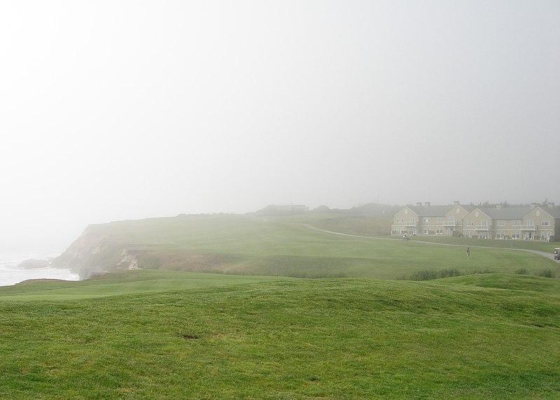 File:The Ritz-Carlton in fog, Half Moon Bay, CA USA (San Matteo Coast) - panoramio (2).jpg
