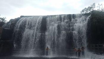 Thiruparappu falls 02.jpg