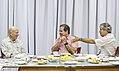 Tião Viana recebe renomado fotógrafo Sebastião Salgado (25330892524).jpg
