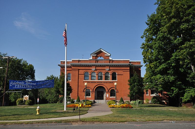 File:TollandCT TownHall.jpg