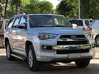 Toyota 4Runner Limited 2014 (16079279393).jpg