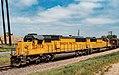 Train - Union Pacific 2172 and 2215 - South St. Paul, Minnesota (41489923155).jpg