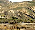 Train in San Timoteo Canyon 1-20-13 (8511199442).jpg