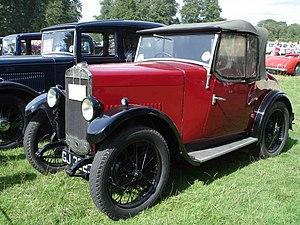 Triumph Super 7 - Image: Triumph Super seven 1930
