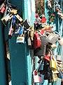 Tumski Bridge Wroclaw love locks 03.jpg