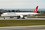Turkish Airlines, TC-JJE, Boeing 777-3F2 ER (44574950764).jpg