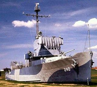 USS <i>Hazard</i> (AM-240) United States naval vessel