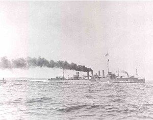 USS Lansdale (DM-6) steaming at high speed, circa 1921 (NH 51243)