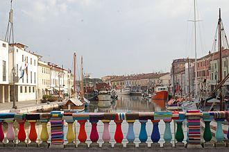 Yarn bombing - Yarn bombing on a bridge in Cesenatico (Italy)