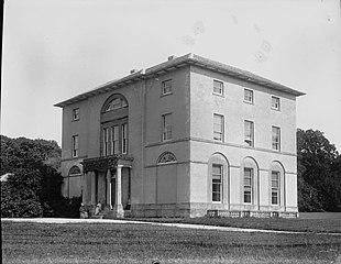 A house (photograph)
