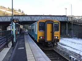 Unit 150229 at Llanhilleth railway station in 2009.jpg