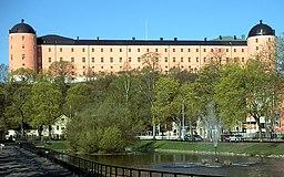 Slottet med Andedammen i forgrunden.