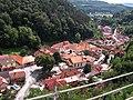 Výhled na městys Karlštejn 01.jpg