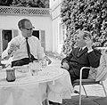 V.l.n.r. Hermann Kreisselmeier en Walter Mehring zittend op een terras, Bestanddeelnr 254-5043.jpg