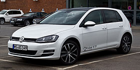 VW Golf 2.0 TDI BlueMotion Technology Highline (VII) – Frontansicht, 28. Juli 2013, Münster.jpg