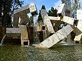 Vaillancourt fountain (3187177913).jpg