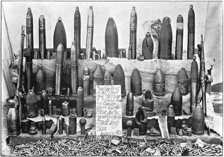 Varieties of ammunition collected at Ladysmith Varieties of Ammunition collected at Ladysmith - Project Gutenberg etext 21280.jpg