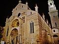 Verona Cattedrale di Santa Maria Matricolare bei Nacht 4.jpg
