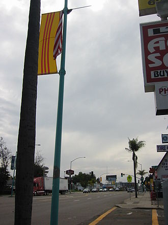 Reunification Day - Image: Vietnamese American Heritage flag