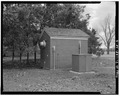 View from northeast - Chanute Air Force Base, Utility Vault, Curtiss Street, Rantoul, Champaign County, IL HABS ILL,10-RAN.V,1AE-2.tif