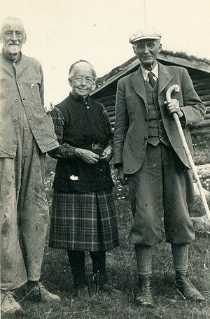 Kristine Bonnevie - Kristine Bonnevie with her brother in law Vilhelm Bjerknes (right) and his brother Ernst Wilhelm Bjerknes at her cabin, Snøfugl (snow bird).circa 1946
