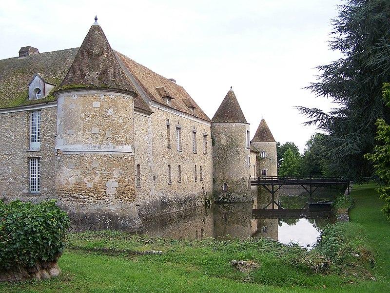 File villiers le mahieu ch teau fa ade wikimedia commons - Villiers le bacle chateau ...