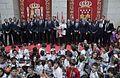 Visita del Real Madrid a la Real Casa de Correos, como campeones de la Champios League (34979478521).jpg