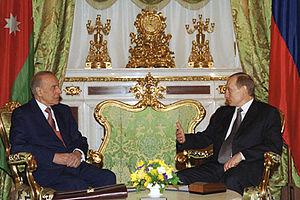 Heydar Aliyev - A meeting between Heydar Aliyev with Vladimir Putin in Kremlin on 25 January 2002.