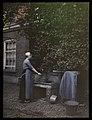 Vrouw bij waterpomp, RP-F-2001-12.jpg