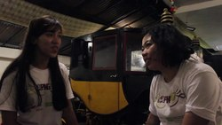 Tiedosto:WIKITONGUES- Disa and Niken speaking Javanese.webm