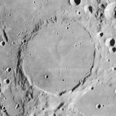 Wargentin crater 4172 h1 h2.jpg