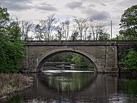 Worcester Line bridge over Charles River.JPG