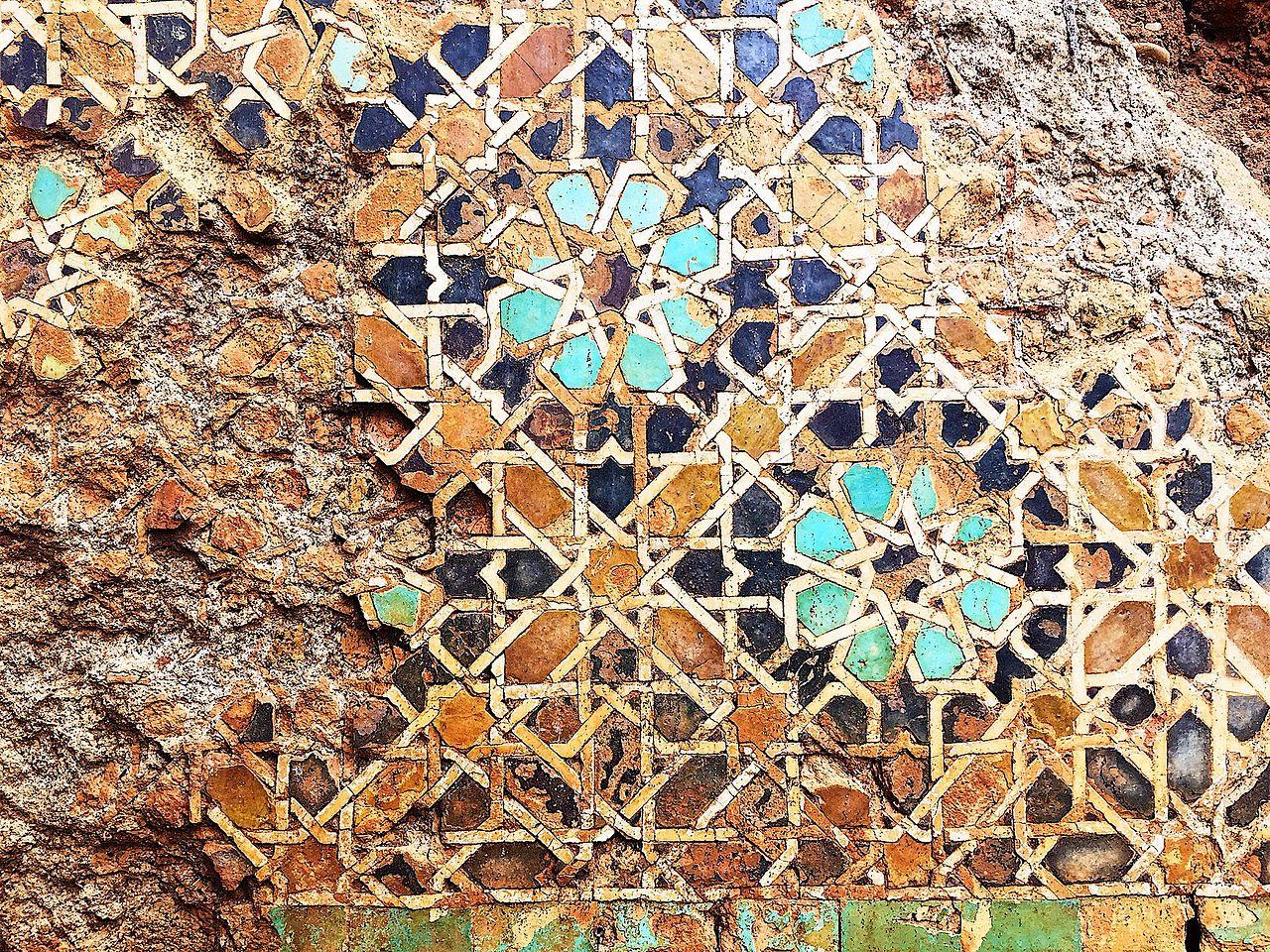Zellij en la Mezquita Marinid de Chella.jpg