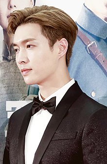 Zhang Yixing at press conference of The Founding of an Army.jpg