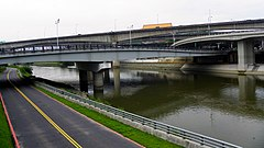 Zhongshan New Bridge 20110425.jpg