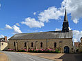 Église Sainte-Scolasse de Sainte-Scolasse-sur-Sarthe.jpg