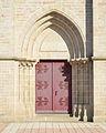 Église de Belleville-sur-Vie (portail).jpg