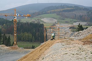Nuremberg–Erfurt high-speed railway - Earthworks for the future Theuern relief loops, view from the facility over the Truckenthal towards the Bleßberg