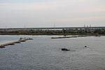 Інженерні підрозділи навели на Дніпрі під Херсоном понтонно-мостову переправу (30431912066).jpg
