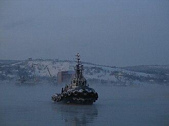 Kola Bay - Image: Буксир в Кольском заливе
