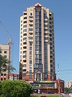 Высотное жилое здание (Псков).JPG