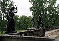 Гранитная терраса со статуями, 2011-07-04 (3).jpg