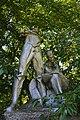 Жабелівка, Братська могила 20 радянських воїнів загиблих при звільненні села (скульптура).jpg